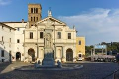 ROMA, ITALIA - 22 DE JUNIO DE 2017: Basílica de St Bartholomew en la isla en la ciudad de Roma Imagen de archivo