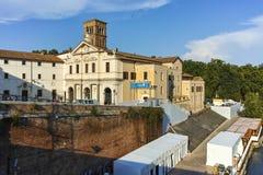 ROMA, ITALIA - 22 DE JUNIO DE 2017: Basílica de St Bartholomew en la isla en la ciudad de Roma Imágenes de archivo libres de regalías