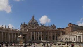 Roma, Italia - 10 de junio de 2018: Timelapse de la catedral de San Pablo en el tiempo de verano con los turistas almacen de video