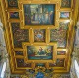 ROMA, ITALIA 10 DE OCTUBRE DE 2017: El techo interior del Basi Imágenes de archivo libres de regalías