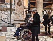 ROMA, ITALIA, EL 7 DE ABRIL DE 2016: Entrada al foro de Palatino romano Fotos de archivo