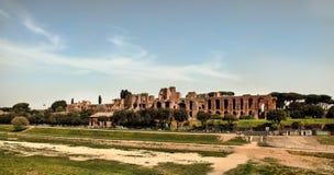 ROMA, ITALIA, EL 7 DE ABRIL DE 2016: Ruinas del Domus Augustana en el PA fotos de archivo