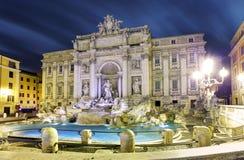 Roma, Italia - fontana famosa di Trevi. fotografia stock
