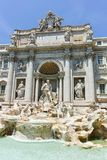 ROMA, ITALIA - 23 GIUGNO 2017: Vista stupefacente della fontana Fontana di Trevi di Trevi in città di Roma Immagini Stock