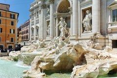 ROMA, ITALIA - 23 GIUGNO 2017: Vista stupefacente della fontana Fontana di Trevi di Trevi in città di Roma Fotografia Stock Libera da Diritti