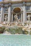 ROMA, ITALIA - 23 GIUGNO 2017: Vista stupefacente della fontana Fontana di Trevi di Trevi in città di Roma Fotografia Stock