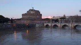 Roma, Italia: Mausoleo de Hadrian, castillo del ángel santo metrajes