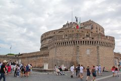 Roma, Italia - 2 settembre 2017: Bello Castel Sant ?Angelo sul cielo blu e sulla nuvola fotografia stock