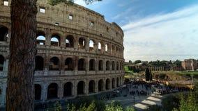 Roma, Italia, Timelapse: Rovine di Colosseum stock footage