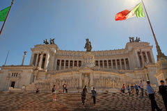 ROMA ITALIEN, APRIL 11, 2016: Piazza Venezia och Monumento Nazio Arkivfoton