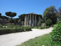 19 06 2017 Roma, Italien: Rund tempel av den Hercules Victor formen Arkivbilder