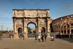 ROMA, ITALY, APRIL 7, 2016 : Tourists visiting Arco de Constanti Royalty Free Stock Photography