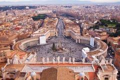 Roma, Italy. Quadrado de Peter em Vatican fotos de stock royalty free