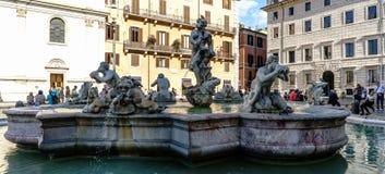 Roma, Lazio, Itália 25 de julho de 2017: Vista da fonte de Netuno, lugar Fotos de Stock