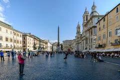 Roma, Lazio, Itália 25 de julho de 2017: Vista geral da praça famosa Fotografia de Stock
