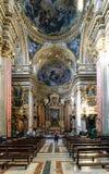 Roma, Lazio, Italia 25 luglio 2017: Navata principale del CHU cattolico Fotografia Stock