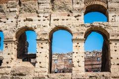 ROMA, It?lia: Grande Roman Colosseum Coliseum, Colosseo igualmente conhecido como Flavian Amphitheatre Marco famoso do mundo Deta fotografia de stock royalty free