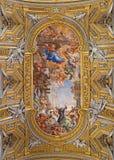 Roma - o fresco barroco do teto (milagre do della Vallicella de Madonna) na igreja Chiesa Nuova (Santa Maria em Vallicella) Imagens de Stock