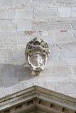 Roma, papa arma-se, o século XVI de pedra da escultura Foto de Stock