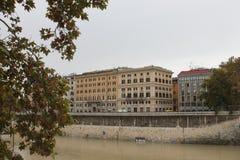Roma perto do ST de Castel Angelo Tiber Imagens de Stock Royalty Free