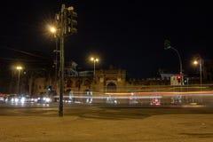 Roma, Piazza San Giovanni, dalla porta di entrata della città alla basilica, immagine stock