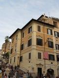 Roma, Praça di Spagna com turistas não identificados Imagem de Stock