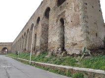 Roma Roman Aqueduct fotografía de archivo libre de regalías