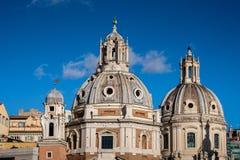 Roma ulicy widok Kopuły stara architektura w Włochy Obrazy Royalty Free