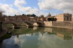 Roma, uma ponte em Tevere Fotografia de Stock