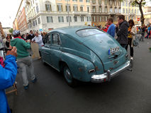 ROMA, VATICANO - 27 aprile 2014: Oltre l'automobile di 60 Letnii Fotografia Stock