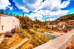 Romagna小山的安静的村庄  库存图片