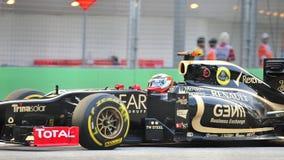 Romain Grosjean racing in F1 Singapore Grand Prix Royalty Free Stock Images