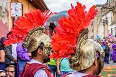 Romains dans le cortège saint de jeudi, Antigua, Guatemala Photos libres de droits