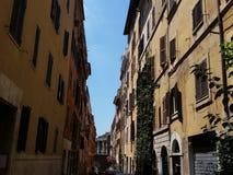 Roman Alley con el fondo de la columna Imágenes de archivo libres de regalías
