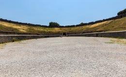 Roman Amphitheatre de sobreviv?ncia o mais idoso na cidade antiga de Pompeii, It?lia Pompeii foi destru?do e enterrado com a cinz imagem de stock royalty free