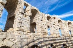 Roman Amphitheatre em Arles imagem de stock