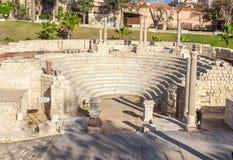 Roman Amphitheatre y las ruinas en Alexandría Imagen de archivo libre de regalías