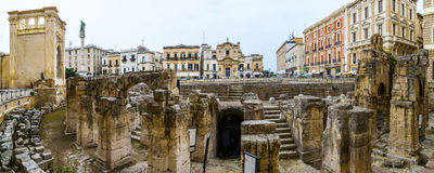 Roman Anphitheater en S Oronzovierkant, Lecce Royalty-vrije Stock Afbeeldingen