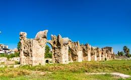 Roman Aqueduct no pneumático, Líbano imagem de stock royalty free