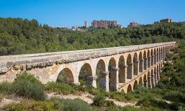Roman Aqueduct Pont del Diable fotos de stock
