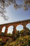 Roman Aqueduct Pont del Diable em Tarragona, Espanha fotos de stock