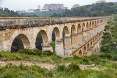 Roman Aqueduct Pont del Diable i Tarragona, Spanien royaltyfri bild