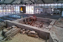 Ancient Roman bath excavation site on display Stock Photos