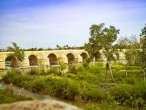 Roman Bridge de Córdova, a Andaluzia, Espanha 3 de abril de 2015 Fotos de Stock