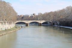 Roman Bridge With een Rivier Stock Fotografie