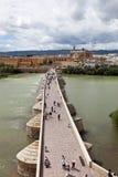 Roman Bridge (Puente-romano DE CÃ rdoba ³) Cordova spanje royalty-vrije stock fotografie