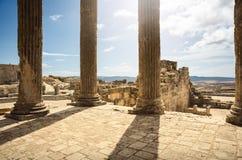 Roman Capitol ruína Tunísia, Dougga Foto de Stock
