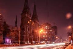 Roman Catholic Cathedral Kiev Ukraine-nachtlichten royalty-vrije stock afbeelding