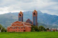 Roman Catholic Church av St Peter aposteln, stång, Montenegro arkivbild