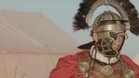 Roman Centurion antigo no acampamento video estoque